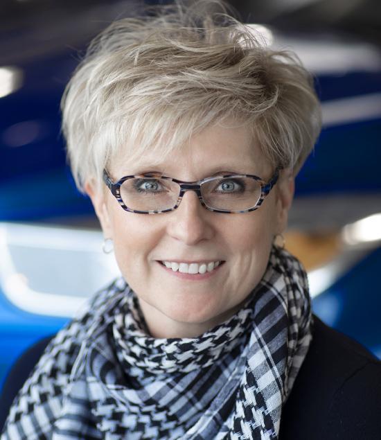 Bonnie Druery : Service Advisor