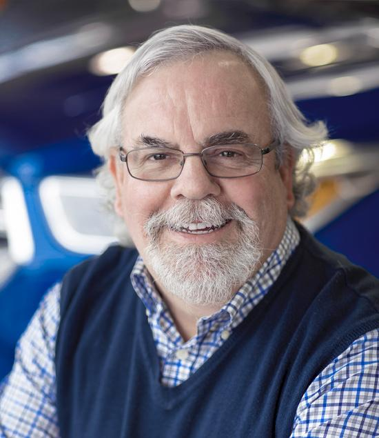 Steve Hornshaw : Sales Manager